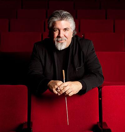 Photo: Guest Conductor, Andrés Cárdenes