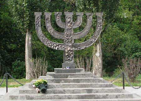"""Monument """"Menorah"""" to the executed Jews dedicated in 1991 at the """"Babi Yar"""" memorial near Kiev, the capital of Ukraine."""