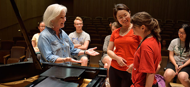 Students attend master classes taught by MSU piano faculty image